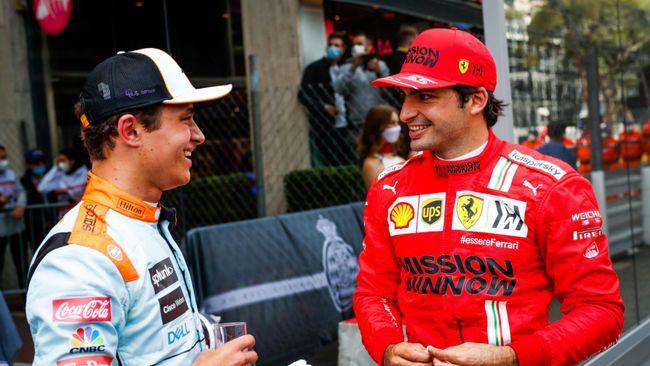 Lando Norris and Carlos Sainz catch-up at Monaco