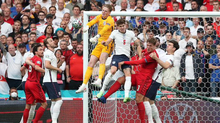 Jordan Pickford does well to punch clear from a corner under pressure