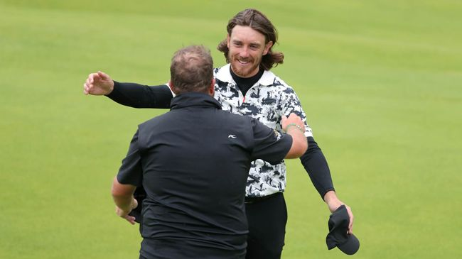 Tommy Fleetwood (right) will hope to go one better than 2019, when he finished runner-up to Shane Lowry (left)