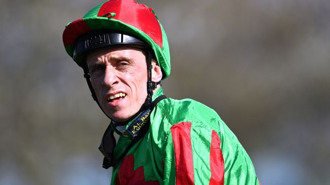Shane Kelly looks to be on the mend after a tragic fall at Brighton on Tuesday