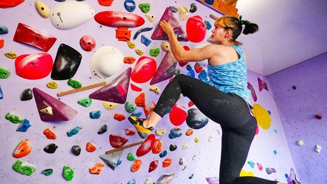 Australian climber Oceana Mackenzie in training at her Melbourne home
