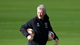 David Moyes has a decision to make ahead of West Ham's Europa League match tonight