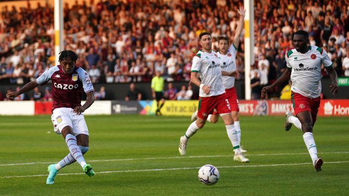 A fine second-half strike from Jaden Philogene-Bidace helped Aston Villa to a 4-0 win at Walsall