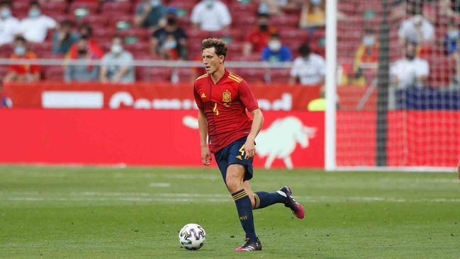 Spain and Villarreal star Pau Torres has emerged as a top target for Manchester United this summer