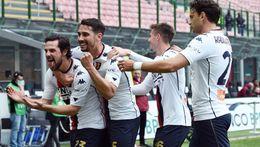 Mattia Destro (left) and Genoa desperately need three points against Spezia