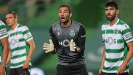 Antonio Adan has helped Sporting concede just 10 league goals this season